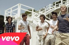 One Direction – What Makes You Beautiful