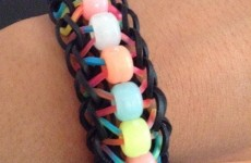 How to make a Rainbow Loom ladder bracelet (EASY)