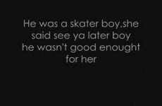 Avril Lavigne – Skater Boy lyrics.