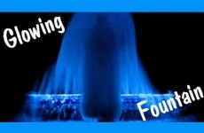 Easy Kids Science Experiments GLOWING MENTOS FOUNTAIN