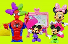 Frozen Kids Spiderman Superhero School With Minnie Mouse Nieces and Felicia DisneyCarToys