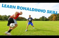Learn Football skills – Crazy Ronaldinho Thigh Rainbow flick
