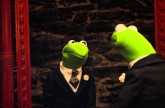 """Mirror"" Clip – Muppets Most Wanted"