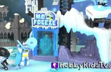 Imaginext Batman Mr. Freeze Ice Monster Play-Doh Robin Queen Elsa Frozen HobbyKidsTV