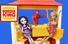 FROZEN ELSA Turns Into a MONSTER HIGH Doll! DisneyCarToys Spiderman at Burger King Barbie Restaurant