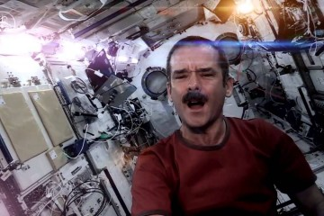 Astronaut Chris Hadfield singing Space Oddity song by David Bowie
