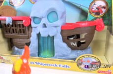 SHIPWRECK BATTLE Falls PLAY + Review Jake, Cap Hook Treasure Disney Neverland by HobbyKidsTV