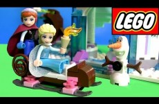 LEGO Disney Frozen Elsa's Sparkling Castle Review 41062 with Princess Anna & Olaf in Sleigh