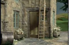 Little Red Tractor Series 1 ep 2 Ladder