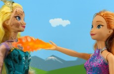 Anna Gets Fire Powers & Burns Evil Cousin Asle & Anna Saves Elsa. DisneyToysFan