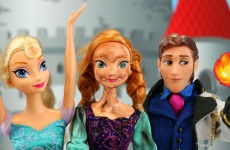 Elsa Loses Freezing Powers When Hans Gets Fire Powers & Burns Frozen Anna. DisneyToysFan