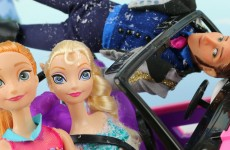 Frozen Anna Saves Elsa After Hans Kidnaps Elsa and Kristoff Helps. DisneyToysFan