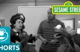 Sesame Street: Detective Elmo Looks for the Cookie Thief!