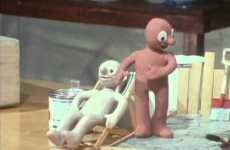 The Amazing Adventures of Morph – Swimming Pool in the Garden