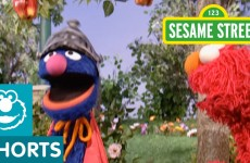 Sesame Street: Super Grover Saves Elmo's Apple
